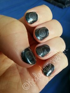 Essie_Dive_Bar_Rituals_Sweet_Sapphire_BM-315_links_2