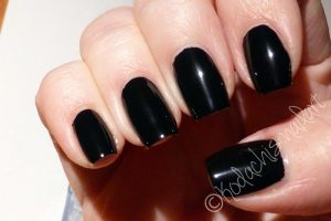 Essie-Licorice