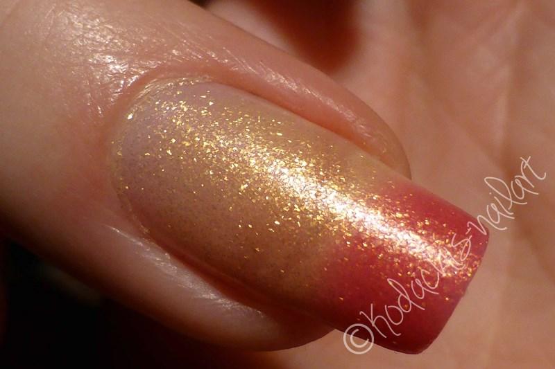 Liquid Sky Laquer - 24 Karat Rose Finger Transition