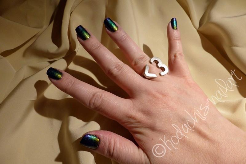 Multichrome Gradient Hand
