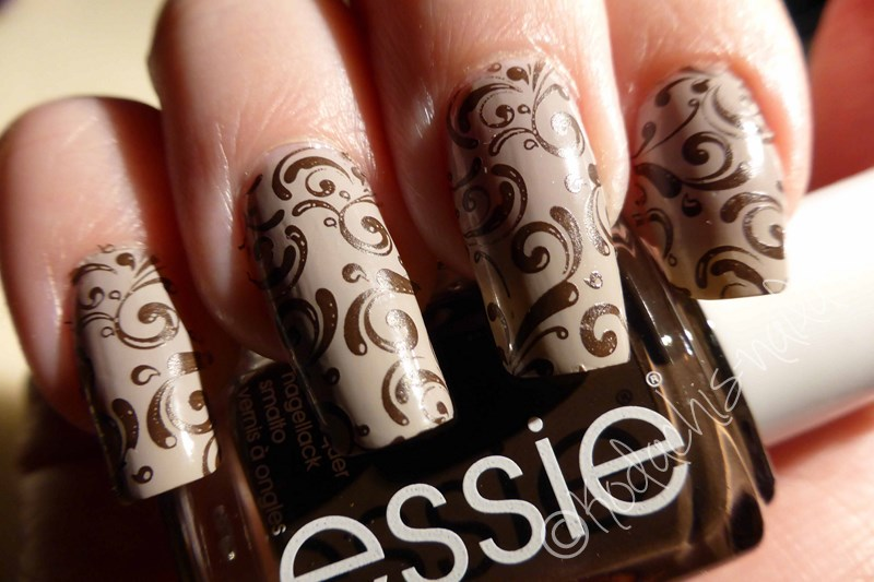 Essie - Take it outside & Partner in Crime Bottle