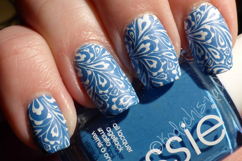 Essie - Avenue Maintain Stamping Mani