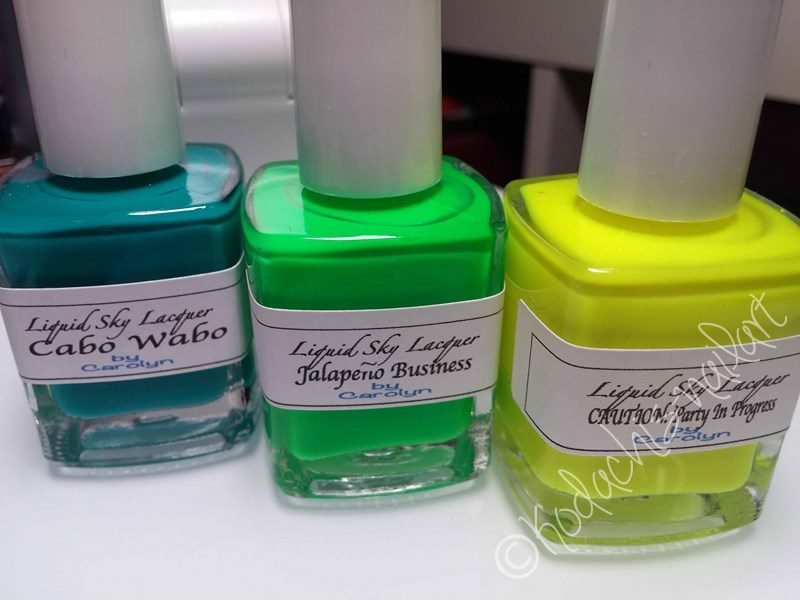 20150515_LiquidSkyLacquer_NeonGradient_Bottle