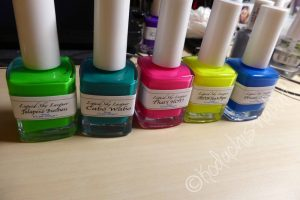 Neon_stamping_bottles