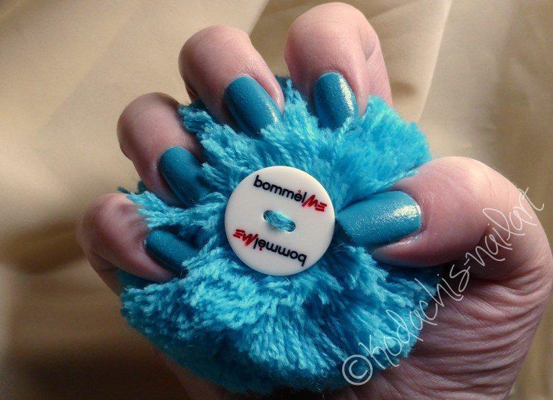 Kiko-Turquoise_mani_b