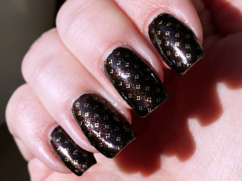 Trend_it_up-Sparkling_Glamour-050_Mani_Sonne_b
