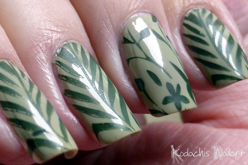 Essie - Da Bush - Stylenomics Matt 1