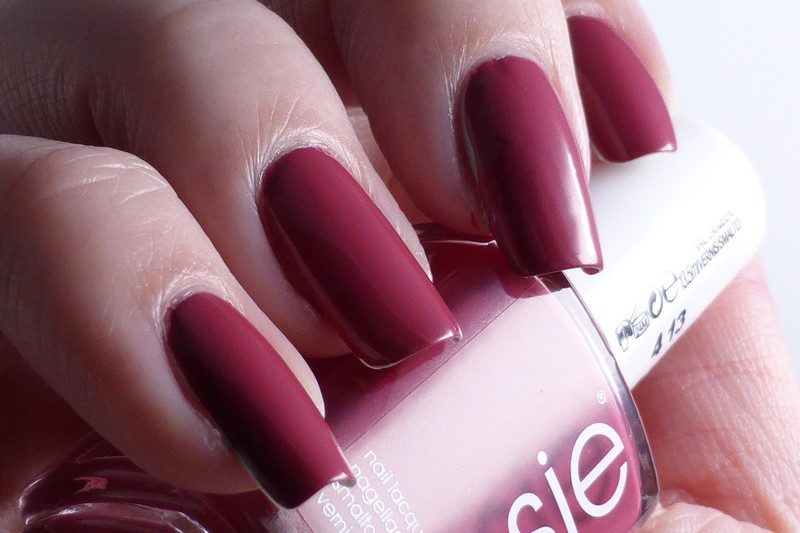 Essie - Mrs always-right Licht