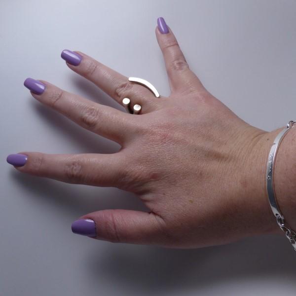 Essie - groom service Hand