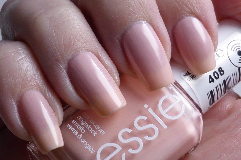 Essie - Steal his name (2 Schichten)