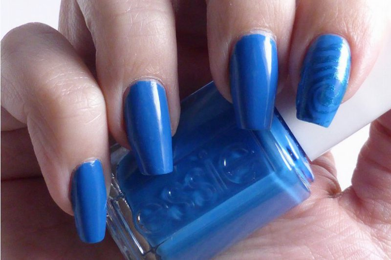 Essie - Resort 2016 Nama-stay the night