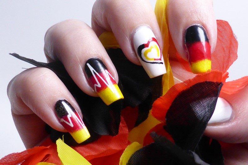 Fussball Europameisterschaft 2016 GERUKR Hand