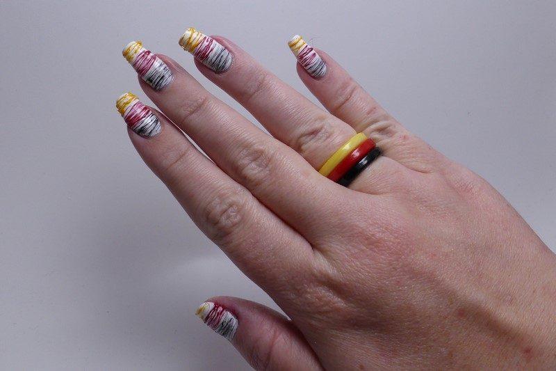 Fussball NIRGER Hand