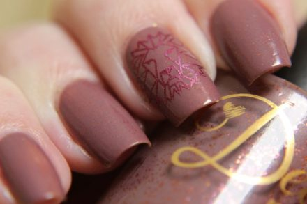 Delush Polish – Gentle Lion mit Stamping