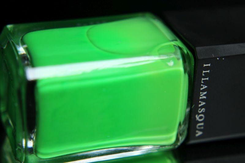Illamasqua - Nurture - Bottle