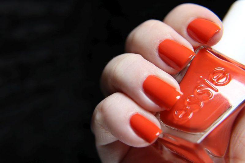 Essie - Gel couture - style stunner
