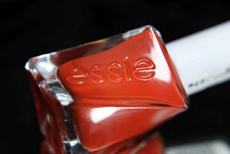 Essie - Gel couture - style stunner - Bottle