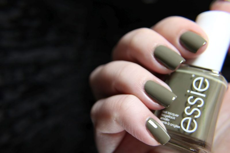 Essie-Wild_Nudes - Exposed - Mani