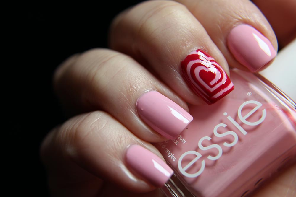 Essie - Valentinstag - Saved by the belle