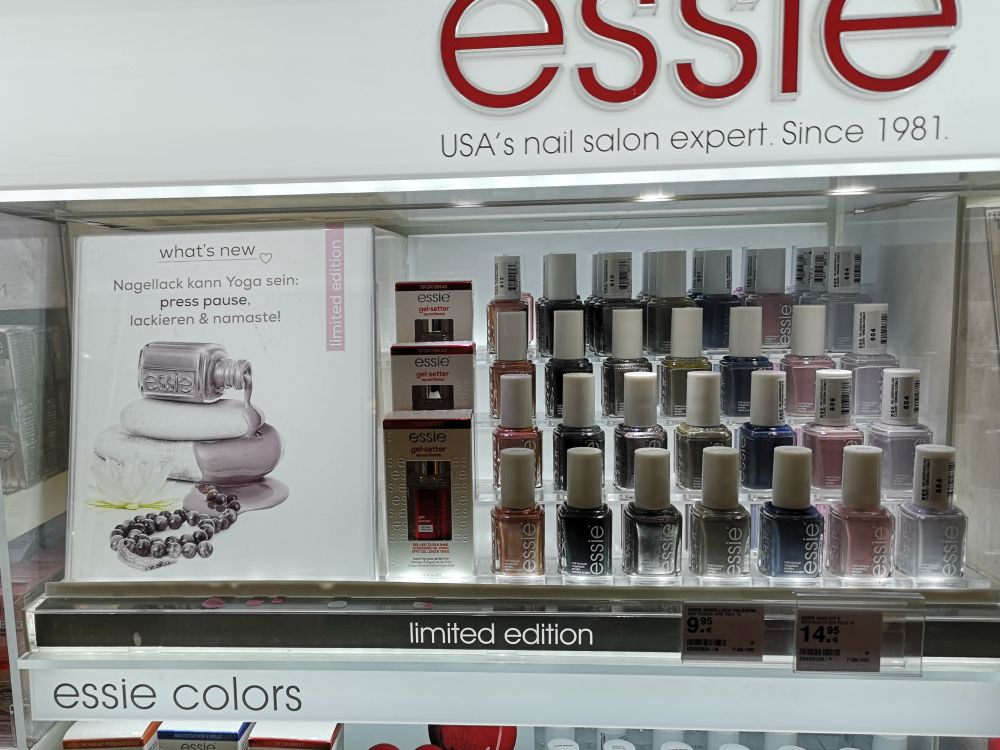Essie - Serene Slate Display