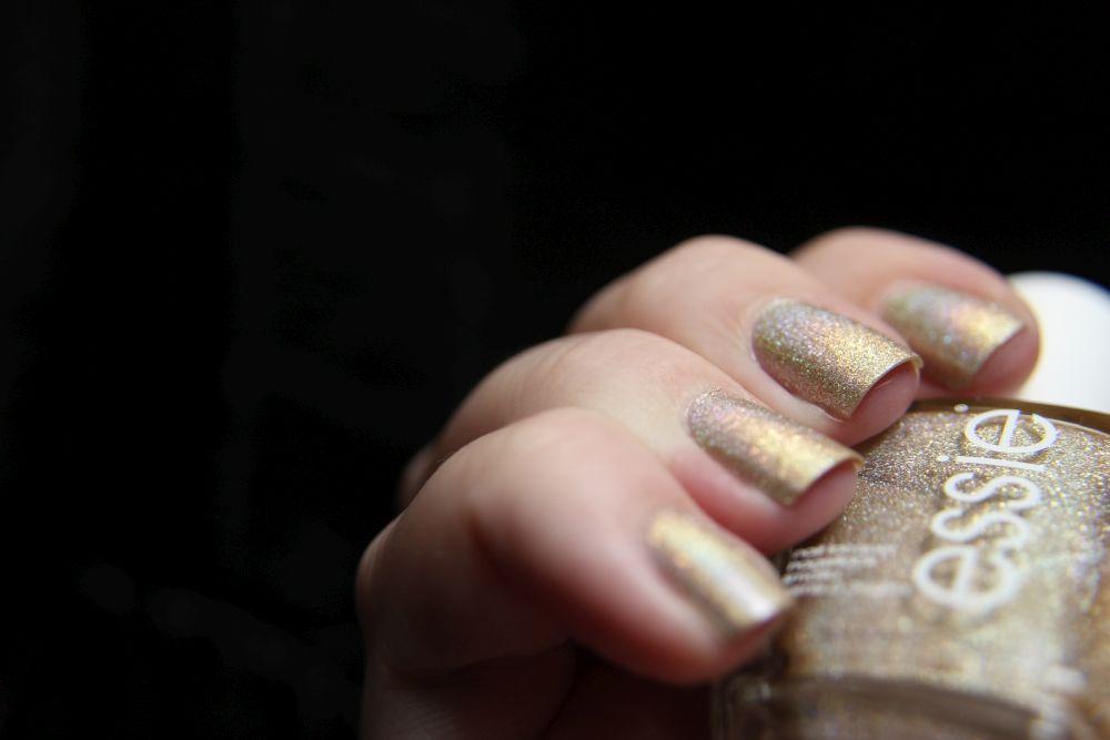 Essie - semi precious tones - Holo