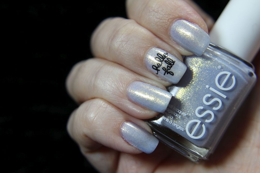 Essie Winter 2020 - love at frost sight - Stamping