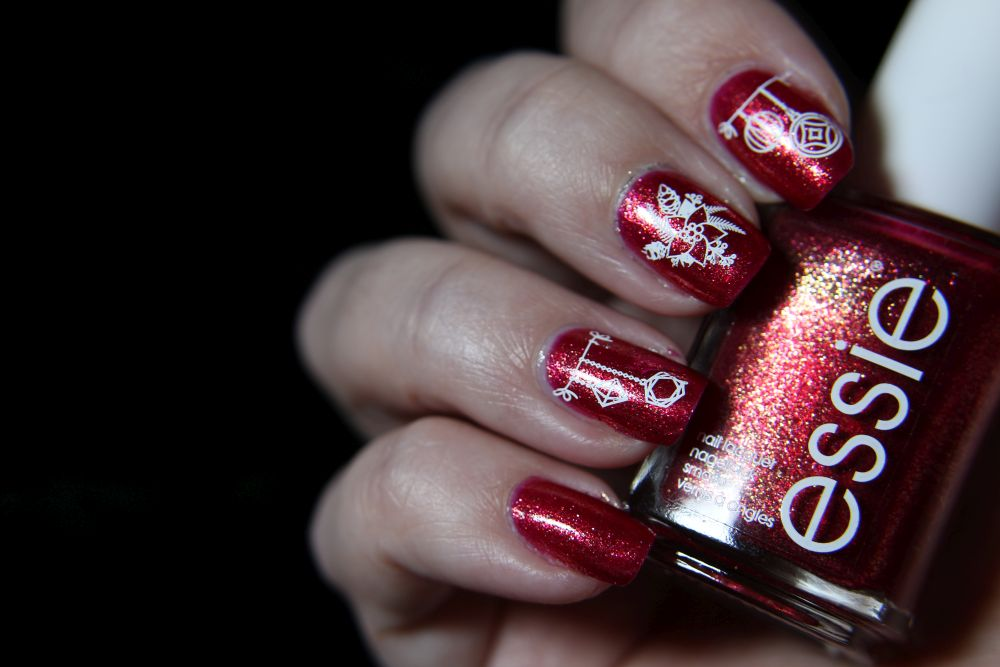 Essie Winter 2020 - in a gingersnap - Stamping
