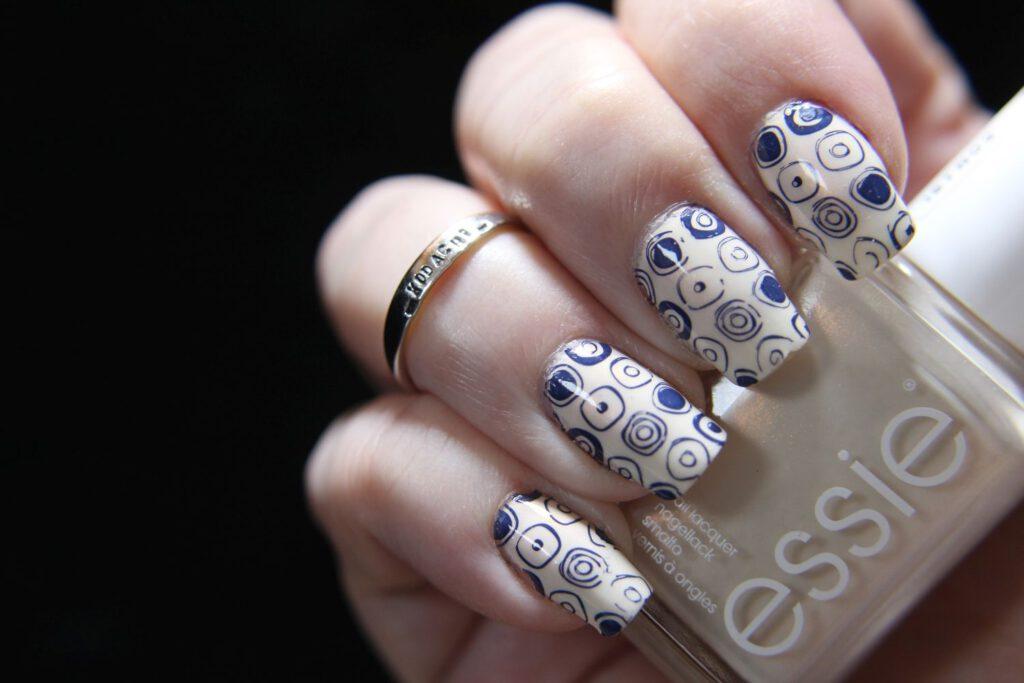 Essie - Get Oasis - Stamping