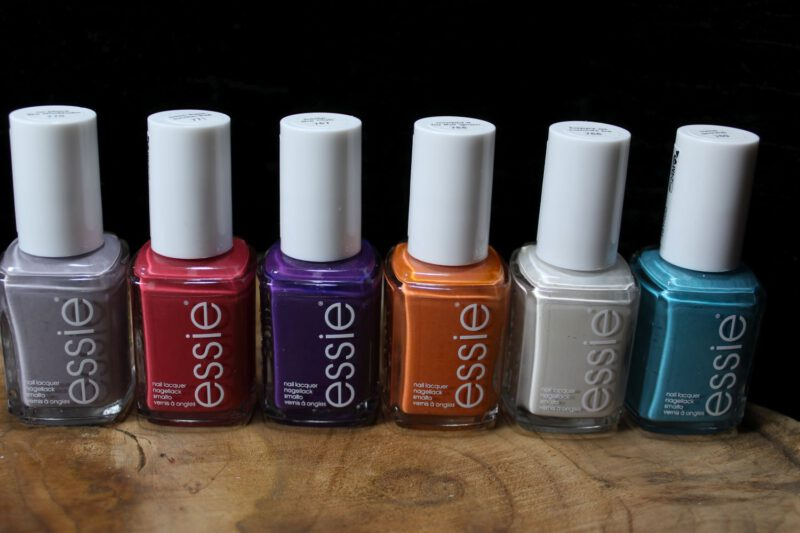 Essie – Keep you posted LE 2021