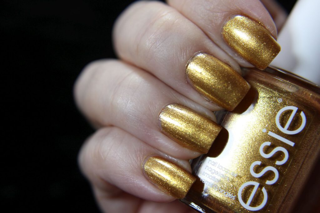 Essie - get your groove on